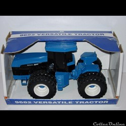 071 - Ertl 3021 - 1/32 - New Holland NH 9682 Versatile