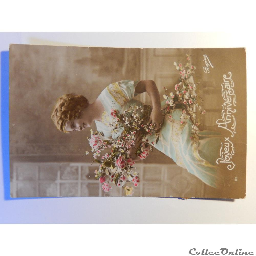 Cpa De Joyeux Anniversaire Femme Avec Bouquet De Fleurs