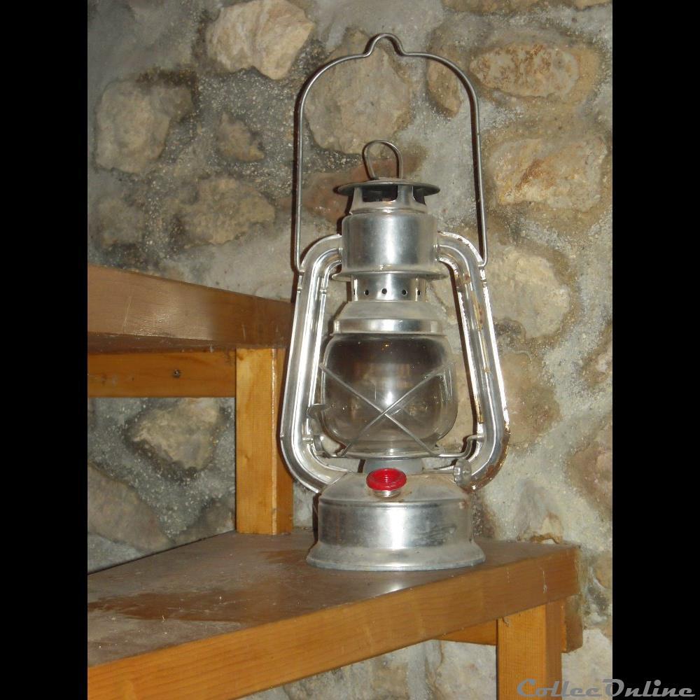 art antiquite luminaire exterieur lampe tempete a petrole