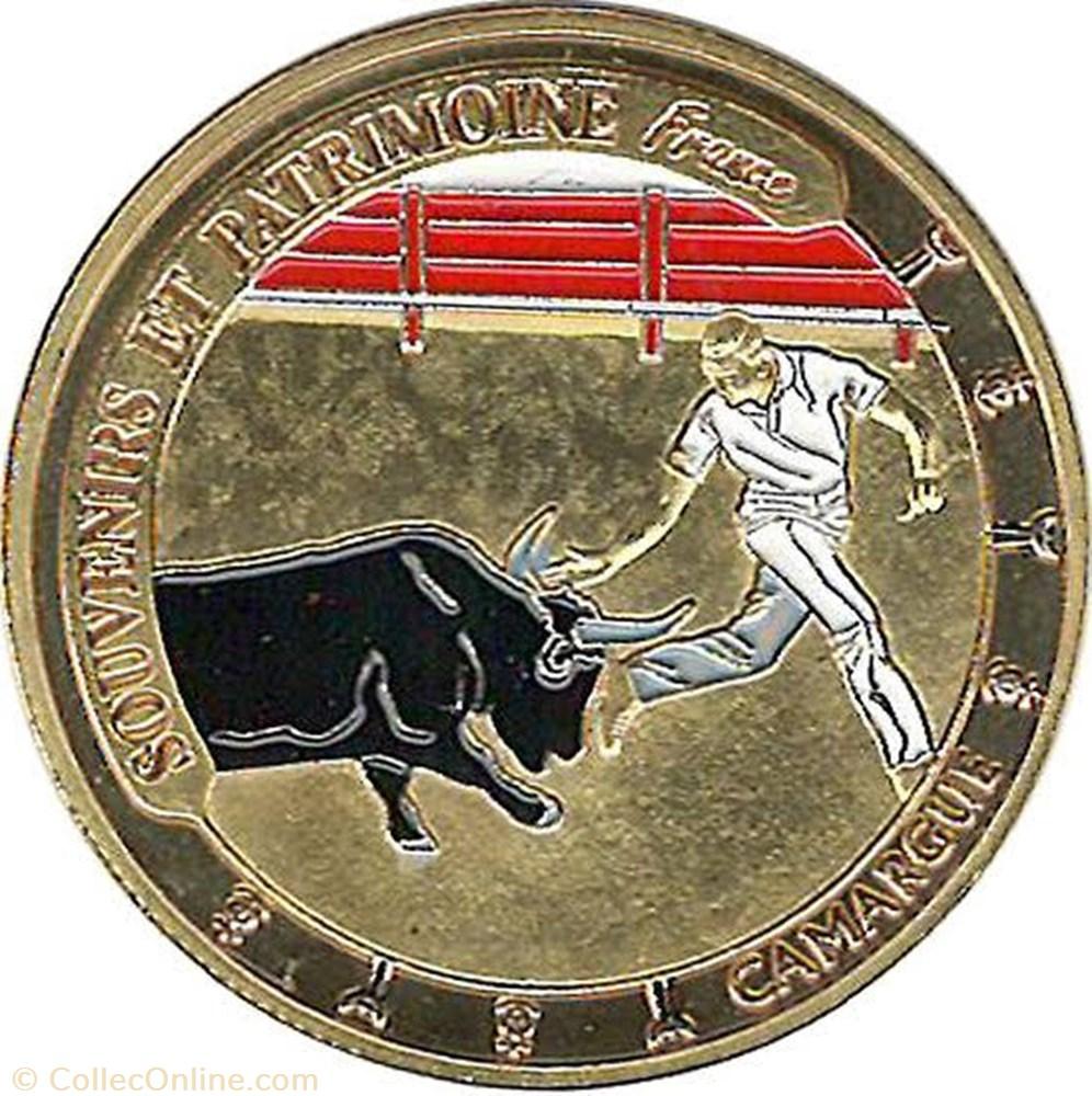monnaie souvenirs et patrimoine la camargue taureau de couleur