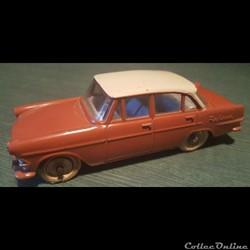 Opel Rekord berline 1960 brique/ivoire