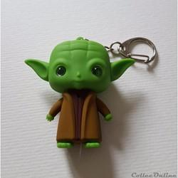 2015 - Star War Yoda Luminous Voice Keyc...