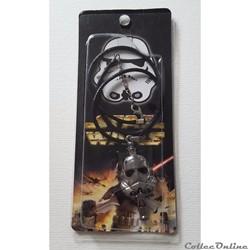 2015 - Pendentif Stormtrooper avec sifflet