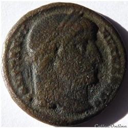 Constantin 1er 327/Constantinople/LIBERT...