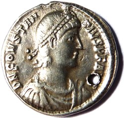Constance II 351-355/Constantinople/VOTI...