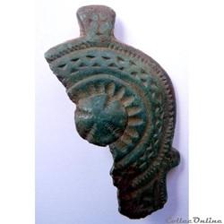 Fragment de fibule romaine tardive ou by...