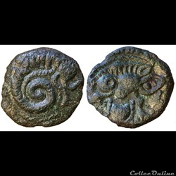 Caletes : bronze au mollusque