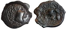 Bronze des Senons à l'oiseau et au vase ...