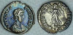 RIC.53b Flavius Victor (silique, Victori...
