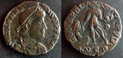 RIC.32.3 Magnus Maximus (AE2, Reparatio ...
