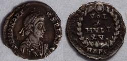 RIC.27b Honorius (silique, Vot X Mvlt XV...