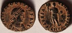 RIC.68e2 Honorius (AE3, Gloria Romanorvm...