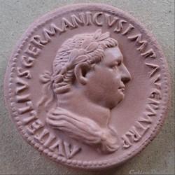 Médaillon de Vitellius