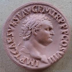 Titus - Médaillon