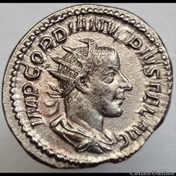 Gordien III - Antoninien - Victor Aeter ...