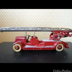 auto échelle pompiers