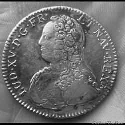 LOUIS XV  1/2 écu aux lauriers 1731