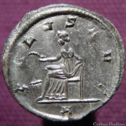 Probus Ticinum RIC 563 var.