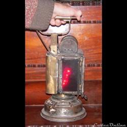 transport touristique lampe a carbure train