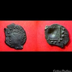 bronze imitation de l'autel de LYON 6