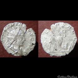 Valérien II, antoninien imitation, Pietas