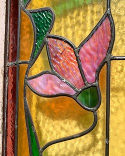 Porte fenêtre motif floral