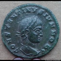 Constantin II - nummus - CAESORUM