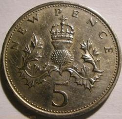 Elizabeth II - 5 New Pence 1968 - UK