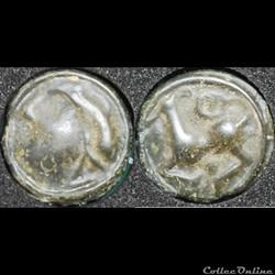 Séquanes - Tête casquée et au quadrupède