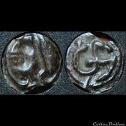 Eduens - Hippocampe et tête casquée