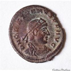 Gratien (367-383 AD) Nummus , Sisca RIC ...