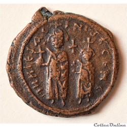 Héraclius et Constantin - Follis émis à ...