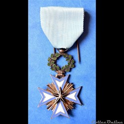 Médaille de Chevalier de l'Ordre de l'Ét...