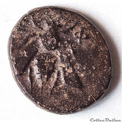 "IONIE - EPHESE, AE bronze à ""l'Abeille et au Cerf"" (387-295 av. J.-C)"