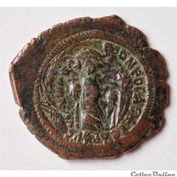 HERACLIUS  et CONSTANTIN (636 - 637) Follis Constantinople - Surfrappée sur un Follis de Phocas