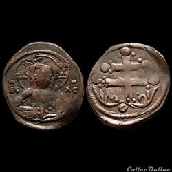 Michael VII à la croix patriarcale (1071-1078) Follis anonyme de classe H