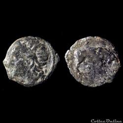 "Petit Bronze ""Lourd"" ou Moyen Bronze au Taureau (150-130av. J-C.) tête à gauche"