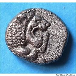 """Milet (Ionia) Diobole """"au Lion et à la fleur"""" à droite (Vème au 4ème s. av.J.C)"""