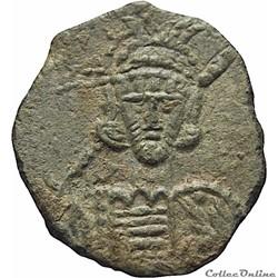 Constantin IV émis à Syracuse (668-685) Follis - Sear 1210