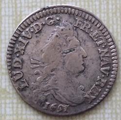 4 sols aux 2 L Louis XIV 1691 P Dijon