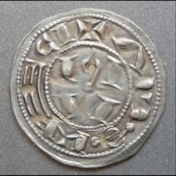Au nom déformé de Raimond (XII/XIIIème siècle). Denier