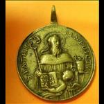 et par Saint Benoît je le vaincrai ! médaille d'exorciste
