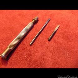 outil de bijoutier et graveur porte gouge et burin