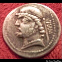 Phraates II - S.16.11 - Tambrax   Drachme