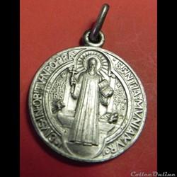 médaille officielle de Saint Benoit