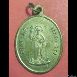 La médaille de Saint Benoît. 19éme S