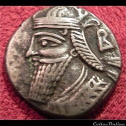 Vologèse IV (Séleucie du Tigre?).  tétradrachme