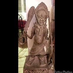 statue  d'un roi du BENIN