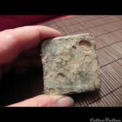 poids de plomb Pyramidal avec marques de...