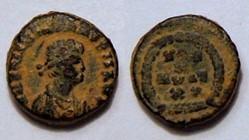 VALENTINIAN II AE4, RIC 63a, Vota